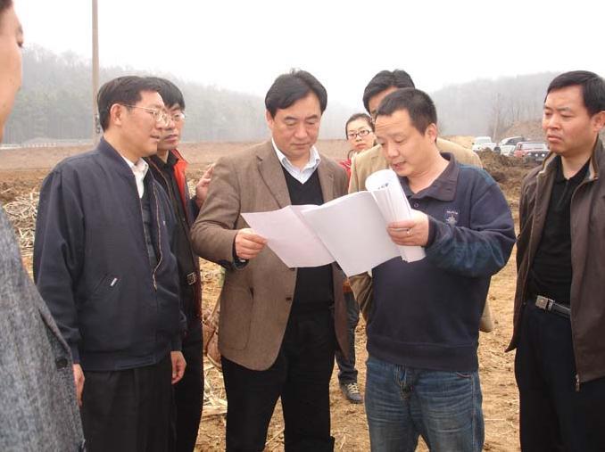 省考察组来六合考察2009年丘陵山区农业综合开发项目